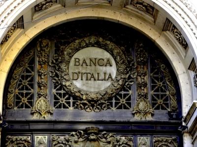 Smontate le bubbole sul decreto Bankitalia, cavallo di battaglia dell'oligofrenico estremista che ad ogni piè sospinto raglia